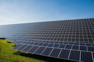 photovoltaic-491702_1920 (2)